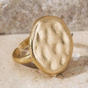 Jewelry - THROUGH GENERATIONS HAMMERED GOLD RING-ROUND
